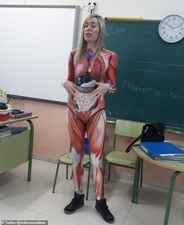 Teacher stuns her class by donning bodysuit showing images of internal organs to teach them about anatomy in Spanish school