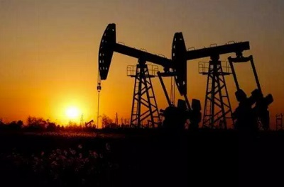 Oil rises from 13-month low as new virus cases slow